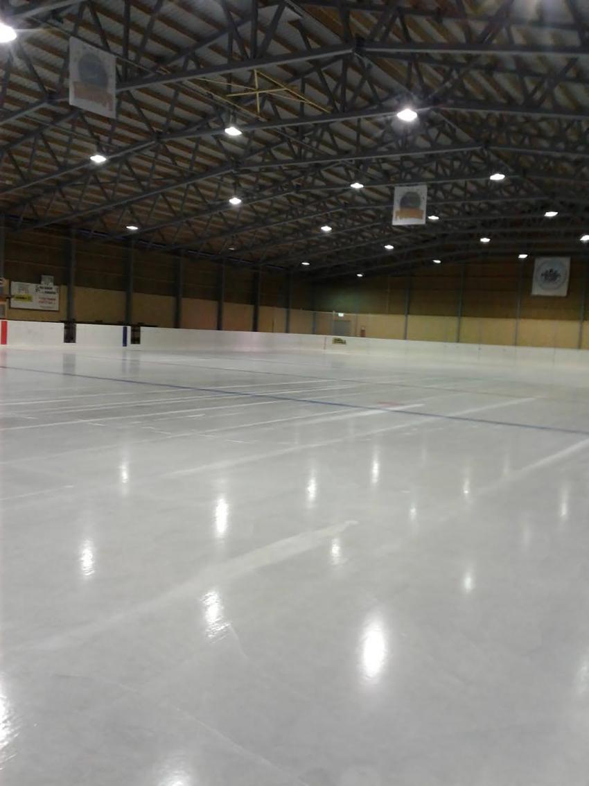 Pertinhallin jää on avattu yleisölle ja varatuille vuoroille